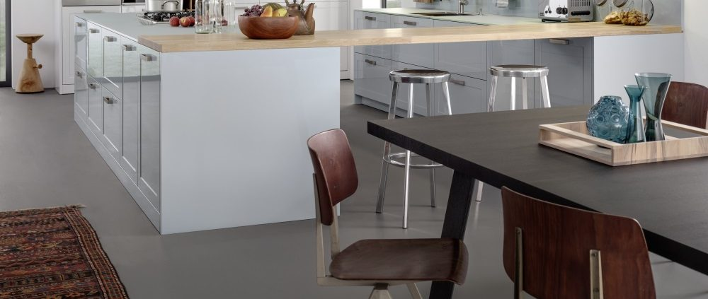 Küchenbeispiele über 12.000 €