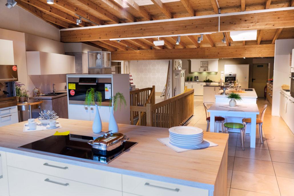 filiale heimbach erleben sie unsere ausstellung saar. Black Bedroom Furniture Sets. Home Design Ideas