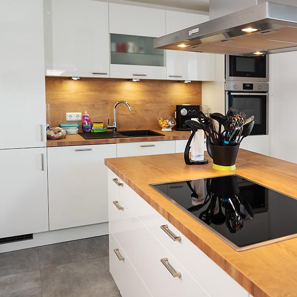 Küchenform i-Küche Singleblock mit Insel
