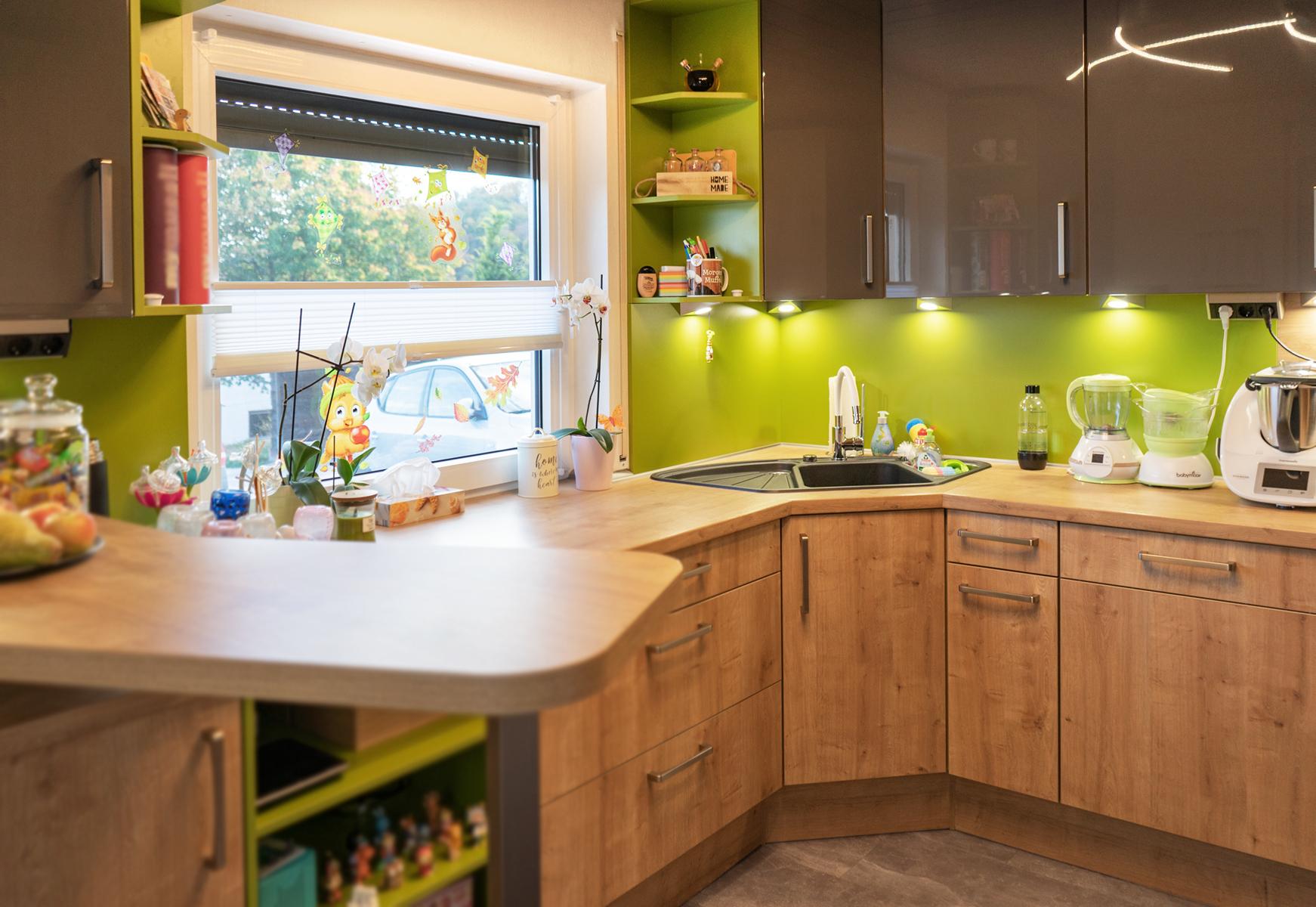 Kundenküche Leitzweiler - Holz, Grün, Anthrazit
