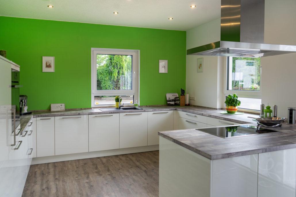 SAAR Küchen Kundenküche Merzig große G-Küche