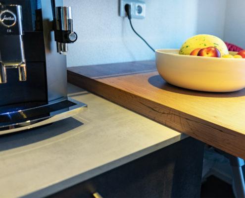 Kundenküche Landsweiler-Reden im Beton- und Holz-Look