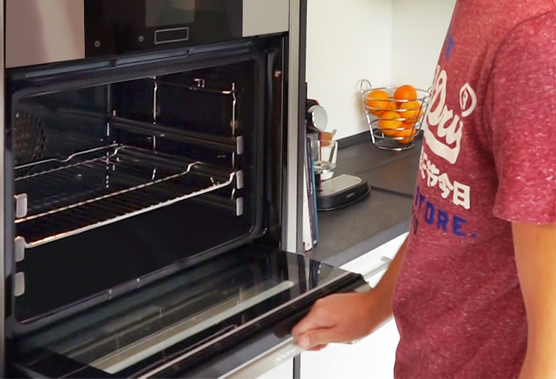 SAAR Küchen Ergonomie Backofen
